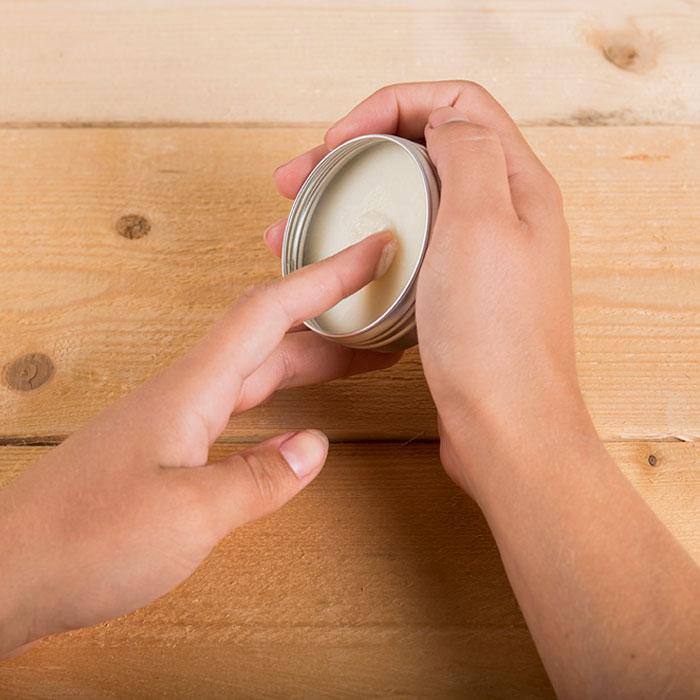 Natuurlijke Deodorant Aanbrengen 1 Happysoaps Baak Detailhandel